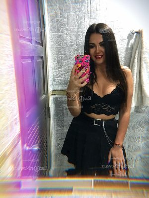 Ginesa call girl in Ada Oklahoma & tantra massage