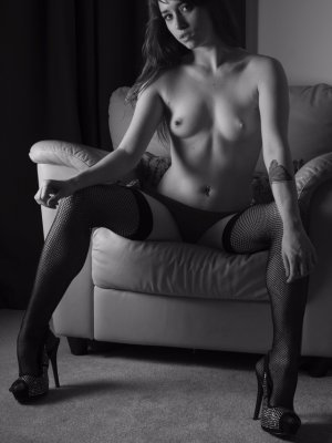 Anne-christelle erotic massage & escort girl